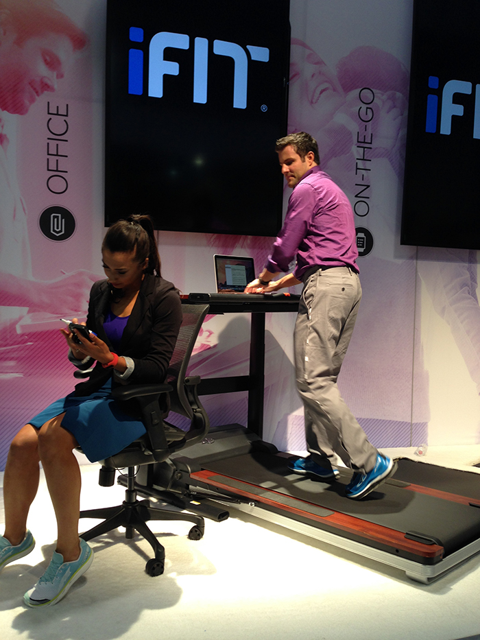 The desk height can be adjusted to accommodate sitting, standing and walking/running positions