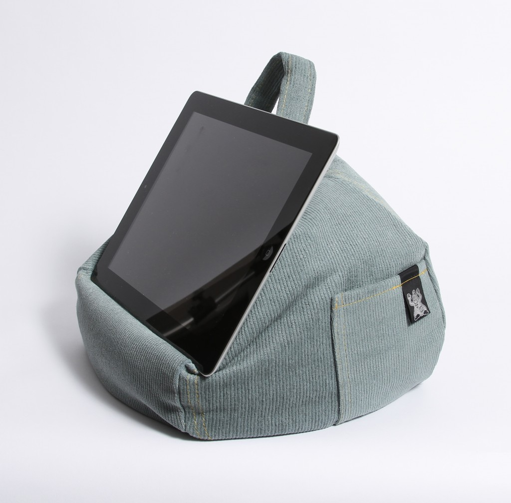 iBeani holds iPads, tablets and e-readers at the perfect angle on any surface