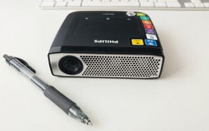 The projector is easy to operate via a touchpad that works in the same way as a conventional mouse